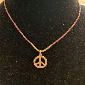 Piece necklace
